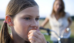 Healthy_Snacking_Kids