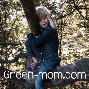 Bella in tree