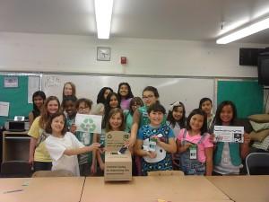 GirlScout_recycling