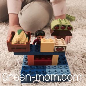 Lego main