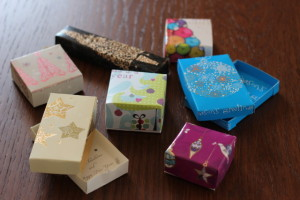 tiny boxes from cards