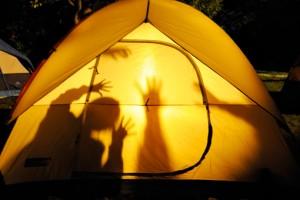 tent plsying